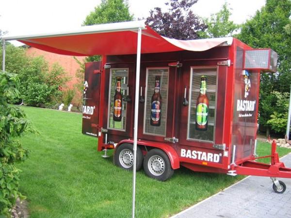 Miete Kühlwagen Bastard Event-Mobil